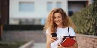 Aprendizap auxilia estudos para o Enem 2019 via aplicativo de mensagem