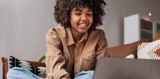 Plataforma oferece diversos cursos gratuitos para aprender em casa_ confira - ODEBATEON