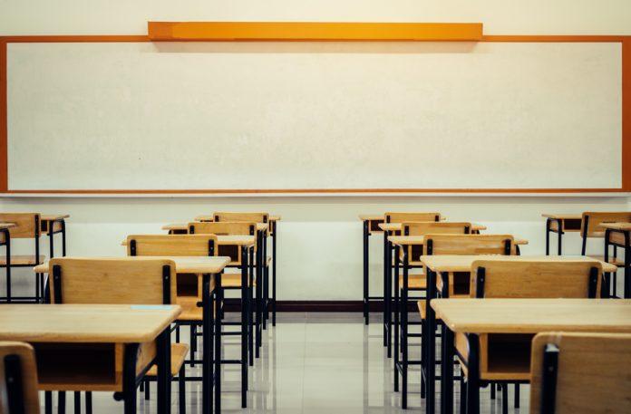 Com imunização contra Covid-19, gestores planejam volta das aulas presenciais