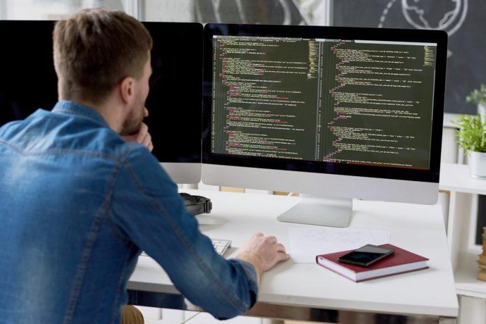 Capacitação: escola oferece cursos on-line e gratuitos de Tecnologia